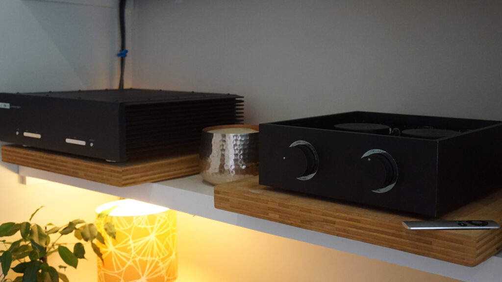 Bespoke Audio preamp with Musical Fidelity M6 PRX